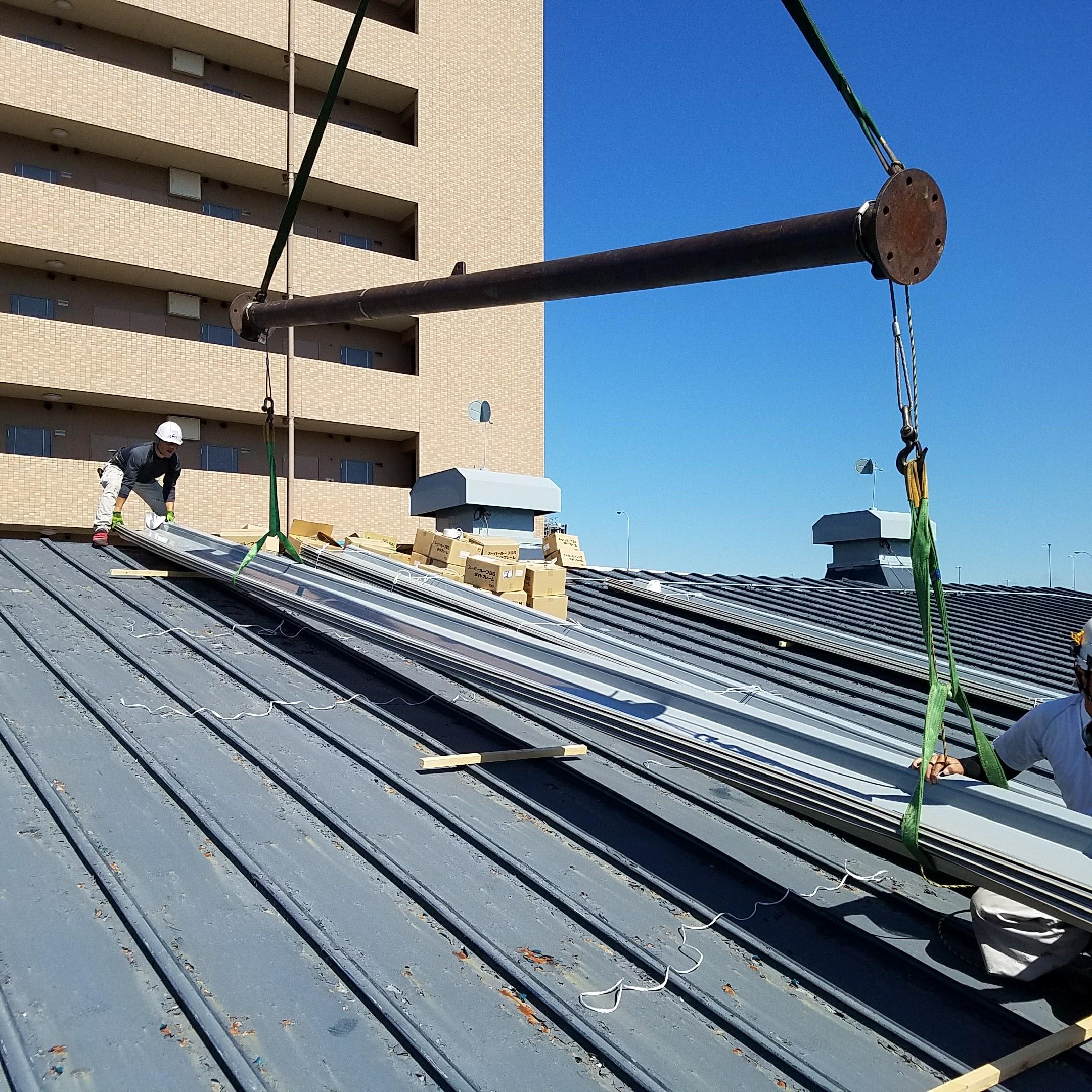 大型倉庫瓦棒屋根カバー工法工事