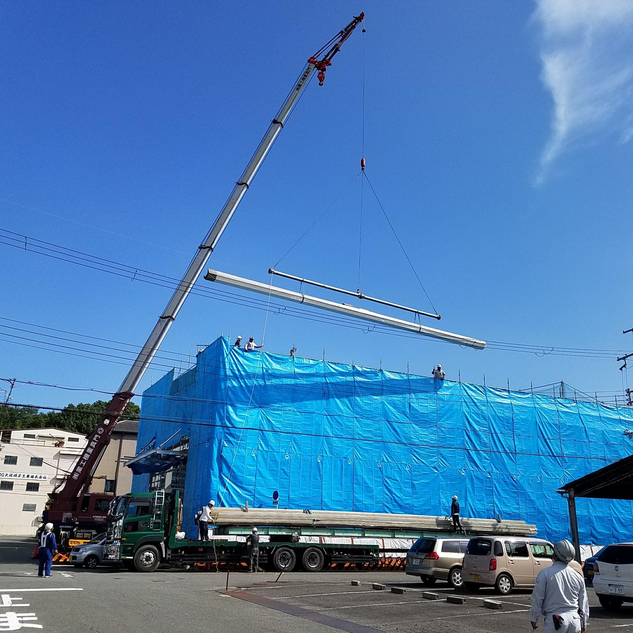 新築大型工場屋根ハゼ式折板工事